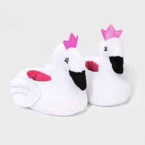 NWT Infant Swan Princess Slippers 12-18m